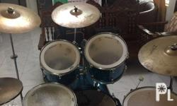 Secondhand ludwig drumset with 22ride zbt zildjian 18