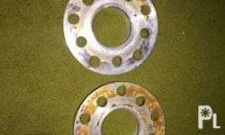 2 pieces of 10mm spacer, pre-drilled with 5x100 and
