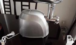 Electric Meat Mincer (used once) Perfect for making