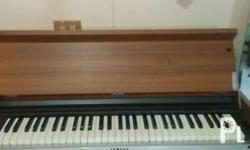 Used yamaha japan made electric piano. Plays good while
