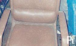 Swivel leather office chair condition: used but not