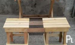 1 table size 25x36inch 4 chair size 14x14inch ung chair