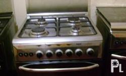 Deskripsiyon Four burners with bake and broil