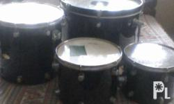 for sale four pieces drumset needs some repair