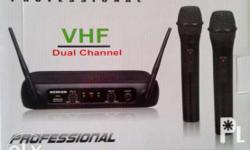 Dual VHF Wireless Microphone Powered by 2 AA Batteries