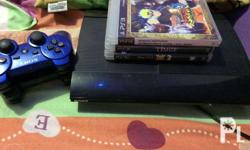 For sale ps3 With 2 dual shock controller 3 games HDMI