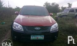 Selling Ford Escape 2011 XLT Low mileage under