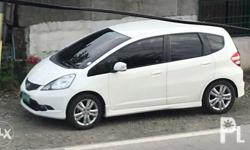 For sale honda jazz 1.5 v top of the line automatic