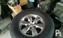 4 pcs fortuner mags with thick tires Good year tires