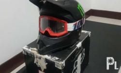 Original used FOX VF1 mx helmet with box and 100%