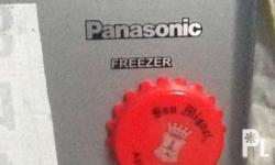 Freezer Panasonic brand 8 cubic feet Good condition