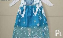 Frozen Elsa and Anna Costume Size: 5-7 yrs old Elsa