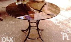 Glass dinning table Good for 3 persons Without chair