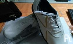 Brand new and never been worn. Padala lang. Size 9