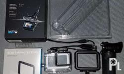 gopro hero 5 black with accessories all original 2mos