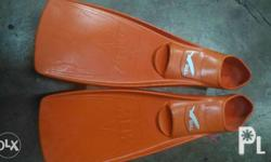 Authentic Gull Mew diving fins Size F 40-41 A 7-8 J