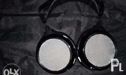 used Hifiman in very good quality. cans is heavily