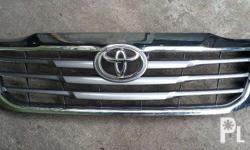 2014 model Hilux Original Front Grille 1day used only
