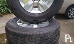 Hilux revo stock rims with dunlop tires size 265/70
