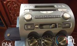 Original Stereo - Honda Fit 2008 with complete in dash