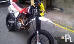 Gawin: Honda Modelo: XR 200 Motard Set Up Taon: 2007