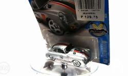 Hot Wheels 2016 HW Showroom Porsche 356A Outlaw Magnus