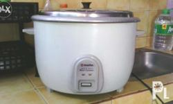 5.6 liters capacity. Ideal for big household and food