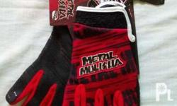 Imported Brand New Metal Mulisha Gloves for sale in a