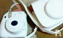 Instax mini 8 white and white case bag. Ordered on