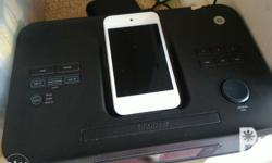 Apple itouch 4 8gb with speaker, radio, clock