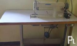 juki high speed sewing machine. model ddl8700. very