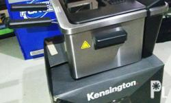 Kensington 4.5L deep fryer * Stylish 4.5L * Stainless