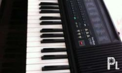 Casio Keyboard For sale CT-657 Made in Japan very good