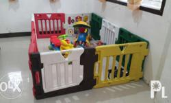 FOR SALE PRELOVED KID'S LAND PLAY YARD 10 Panels for