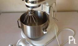Kitchen Aid Mixer (Heavy Duty!) Slightly used. Price: