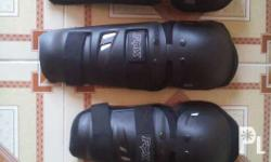 For sale Brand new Fox knee/elbow guard Adult size