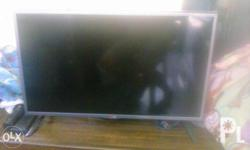 "Led tv Lg 32"" Good condition Never repaired"