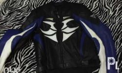 Im selling the leather jacket of my hubby #pm me for