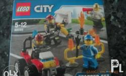 LEGO CITY STARTER SET 60088 � Features a fuel pump,