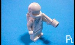 Authentic vintage, classic LEGO Spaceman statue Used.