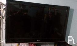 "rush sale 0935 15 62 967 32"" lg led tv good condition"
