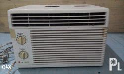 LG Window Type Standard Air Conditioner 0.65 HP cleanly