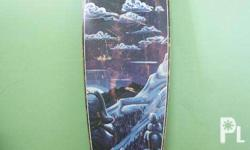 Complete longboard for sale. Has a few scratches but