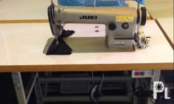 For sale Sewing machine Model: juki 555 Made in japan