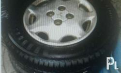 Mags and tire stock makapal pa in verygud condition