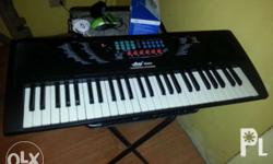 Miles electronic keyboard MODEL 600A -Slightly used,