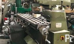 Milling machine Brand:FIRST Good running condition