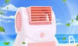 Forsale mini aircon BAttery operated and usb Color pink