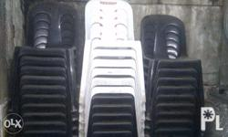 Heavy duty and in good condition monoblock chair. Brand