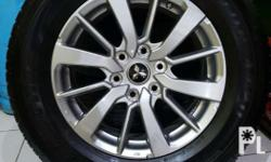 For sale good as new montero sport 2016 tires size